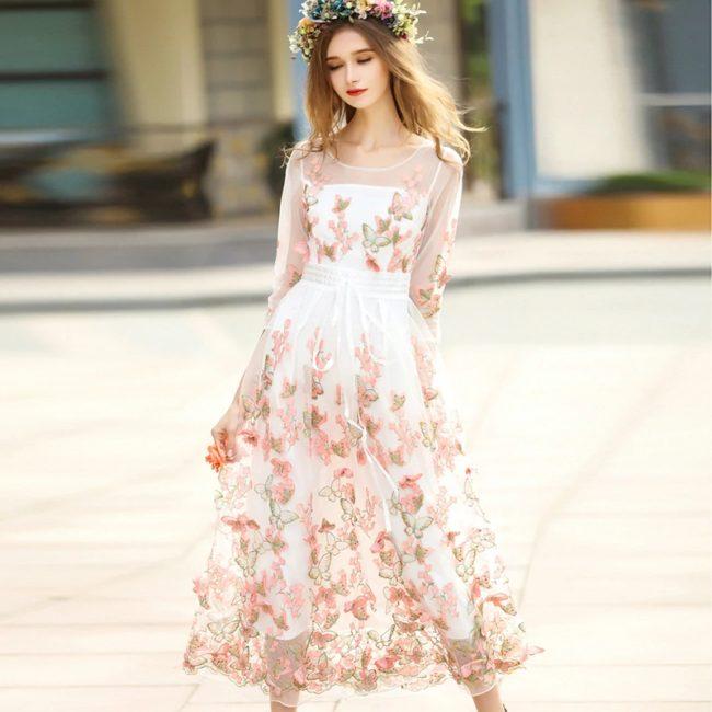 бежевое романтическое платьице, фото