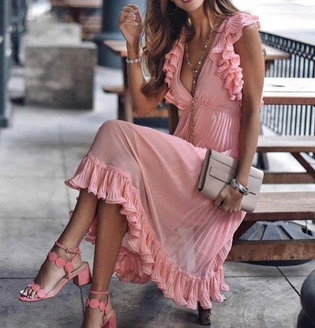 Нежные платья в романтическом стиле