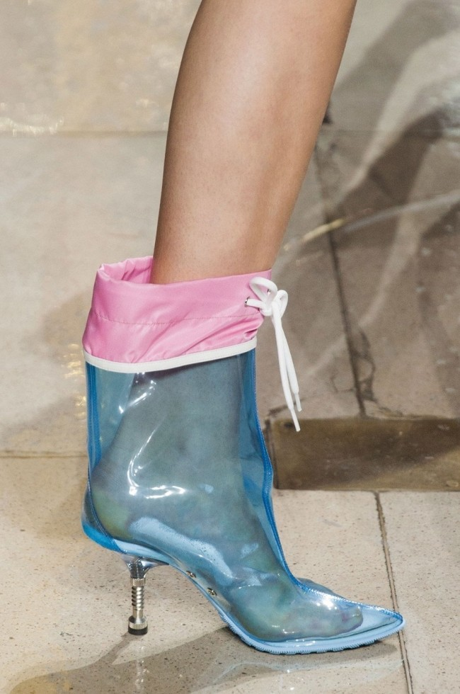 модные резиновые сапоги на осень