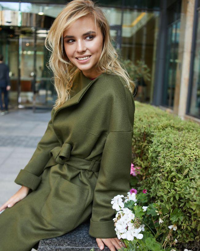 Благородное зеленое кимоно