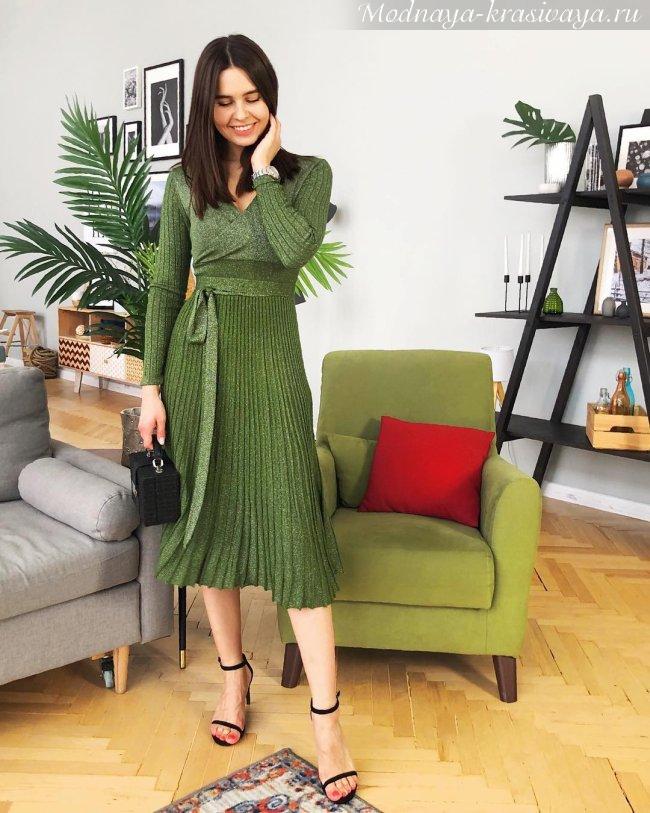Зеленое платье весна-лето