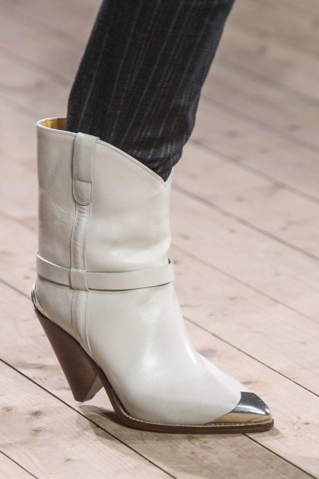 декорированный носок