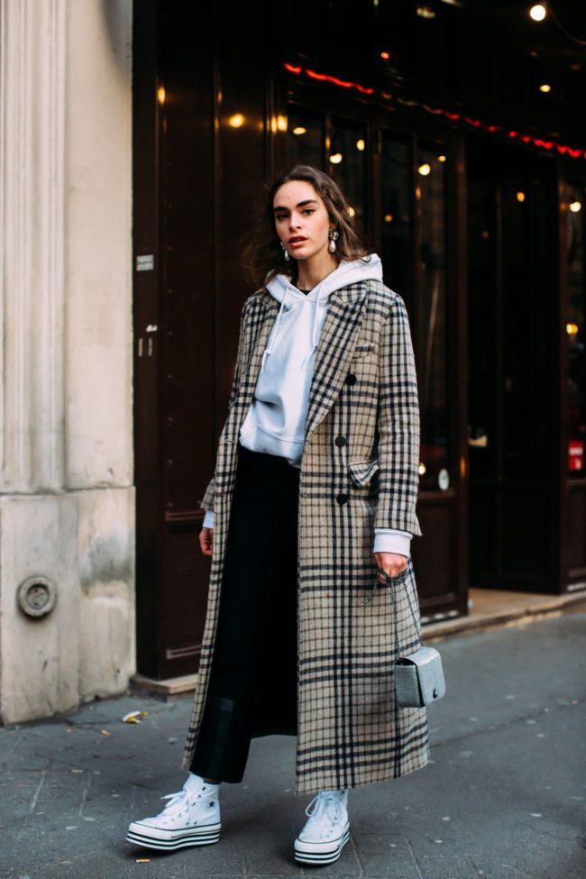 пальто и худи с капюшоном