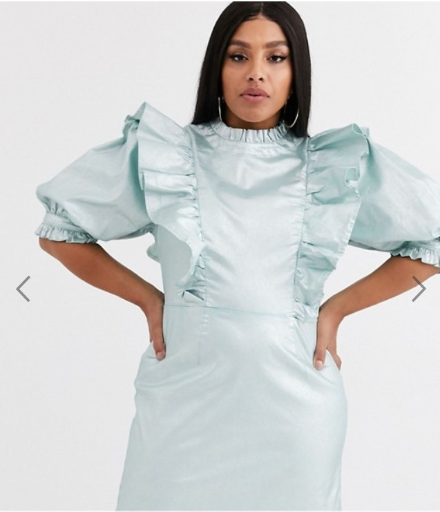 платье для пышки на Новый год 2022