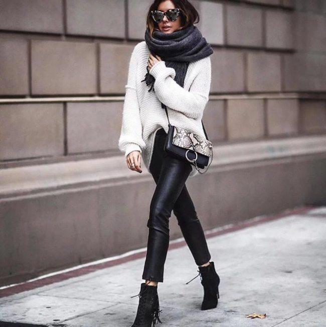 С чем носить кожаные леггинсы