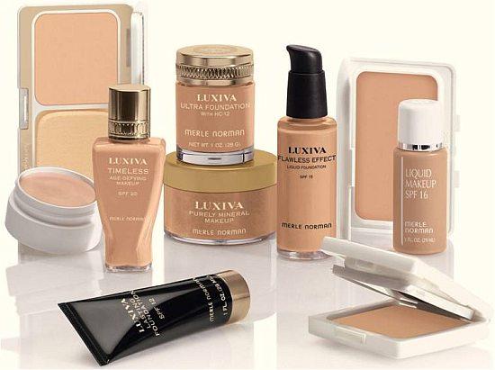 Как наносить тональную основу под макияж