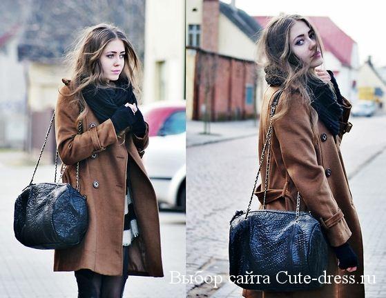 с кожаным пальто