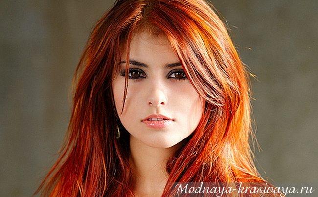 рыжие волосы и карие глаза