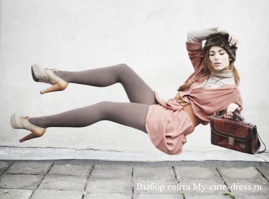 Розовое платье-свитер, модный сезон