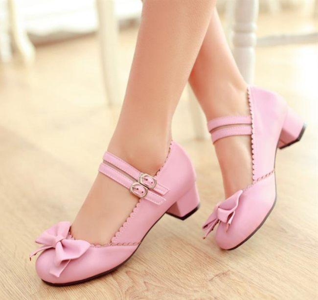 розовые туфли мери-джейн на низком каблуке