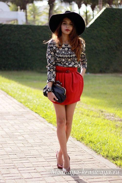красная мини-юбка баллон
