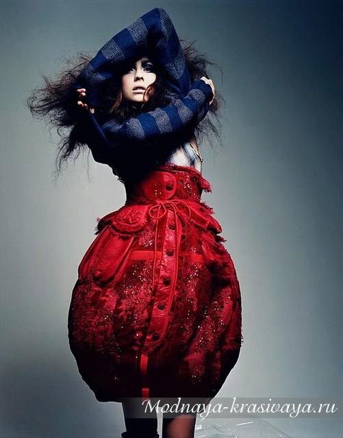роскошная красная юбка