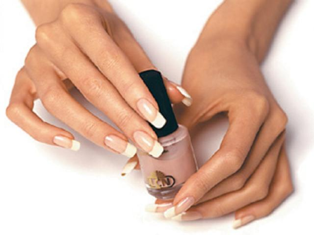 Процедура запечатывания ногтей